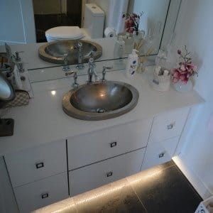 modern bathroom designer